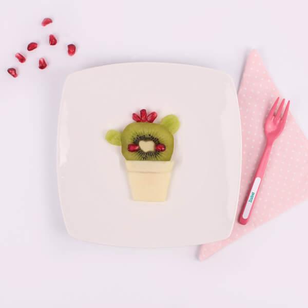 Ensalada nutritiva en forma de cactus